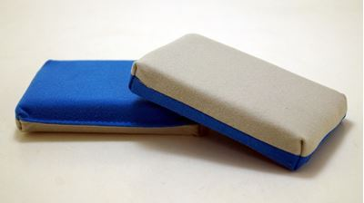 Picture of Plastic Barrier MicroSuede Applicator